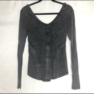 Gilded Intent Buckle gray distressed top, size S